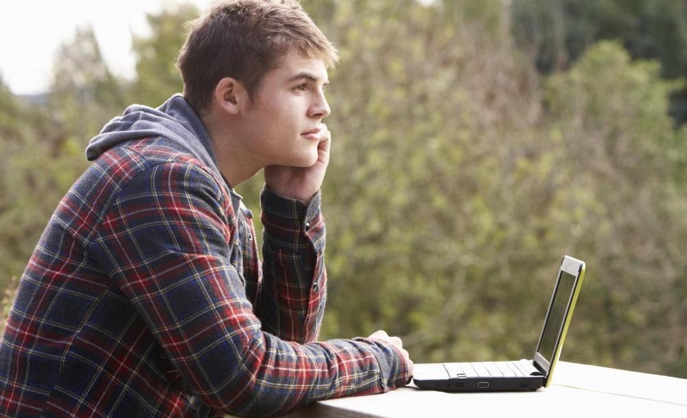что написать как заинтересовать девушку на сайте знакомств
